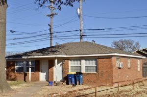 Close to campus housing, stillwater, oklahoma